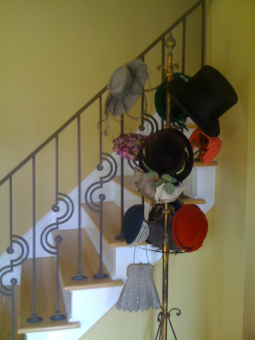 Hat tree newest